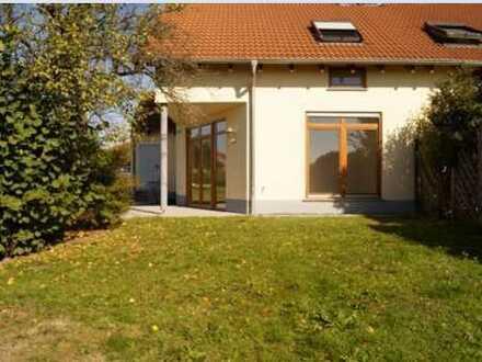 Schönes helles Haus mit vier Zimmern in Enzkreis, Neulingen