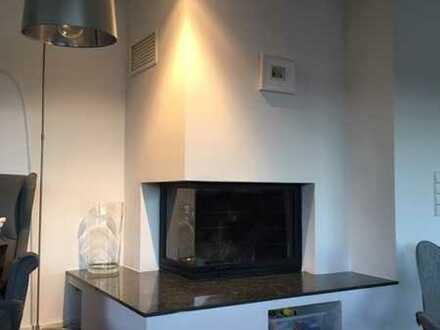 Gepflegte Teilmöbilierte-Penthouse-Wohnung mit 150 qm Dachterrasse in Gerlingen