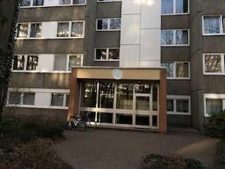 Bergisch Gladbach - Bensberg **3-Zimmer mit Sonnenbalkon und Weitblick über Bensberg**