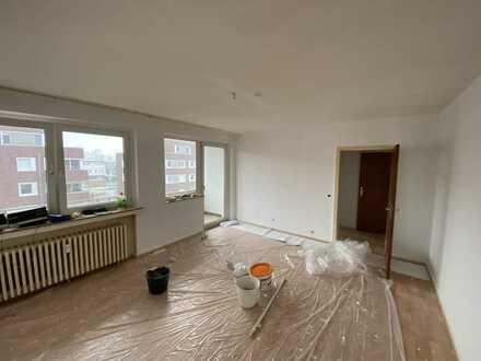 Schöne 1-Zimmer-Wohnung (+Küche, Diele, Bad) mit Balkon in Krefeld