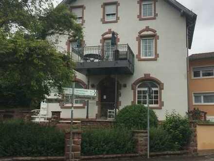 Gepflegte 3-Zimmer-DG-Wohnung in Aglasterhausen - Michelbach