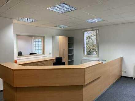 große helle Gewerbeeinheit für Büro / Bürogemeinschaft in attraktiver zentraler Lage