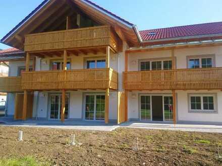 Wohnen wo andere Urlaub machen - attraktive 3-Zimmer-Neubauwohnung im Dachgeschoss