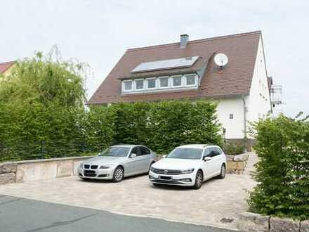 Schönes, familienfreundliches Haus mit sieben Zimmern in Forchheim (Kreis), Hausen