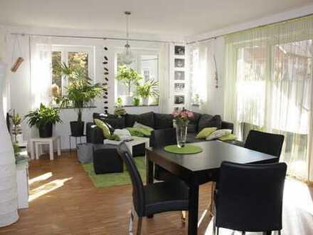 Neuwertige 3-Zimmer-Wohnung mit Balkon, EBK und Tiefgarage in Ellwangen