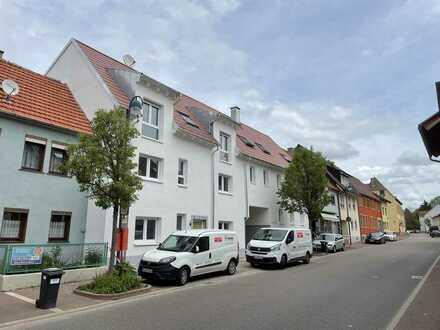 Erstbezug: stilvolle 3-Zimmer-Wohnung mit Balkon in Östringen