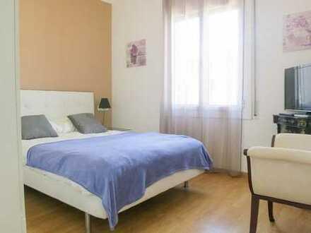 Schöne, geräumige zwei Zimmer Wohnung in Oldenburg