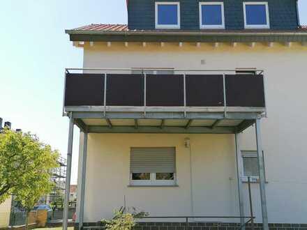 Schöne 3-Zimmer-Wohnung mit Balkon in Hochheim