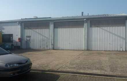 Gewerbehalle mit Büro/Solzialraum/Lager ca. 372m²