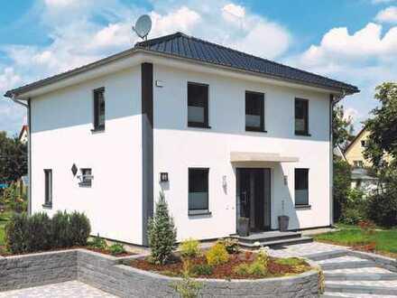 Stadtvilla auf 630 qm Grundstück nahe Bahnhof Brieselang