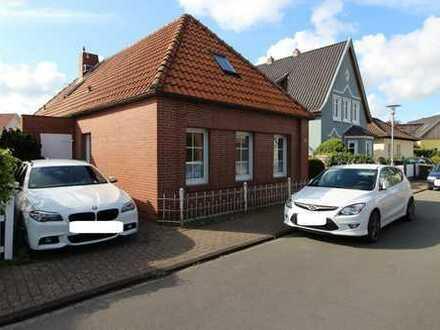 Renovierungsbedüftiges Einfamilienhaus in bester Lage zwischen Amalien- und Cäcilienbrücke!