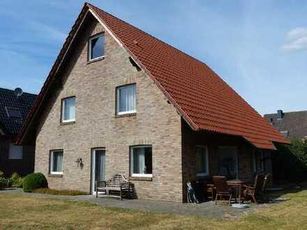 Viel Platz für die Familie! Gepflegtes Einfamilienhaus mit großem Garten in ruhiger Wohnlage