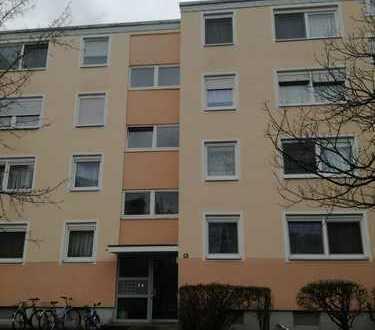 Geschmackvolle Wohnung mit drei Zimmern in Nürnberg