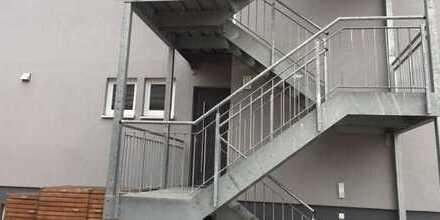 Bellheim: 4 - 5 Zimmer Wohnung mit EBK erwartet seine neuen Bewohner