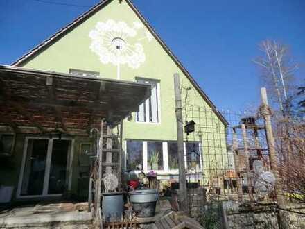 grosses Grundstück, uriges Haus am Rand von Babenhausen, was will man mehr