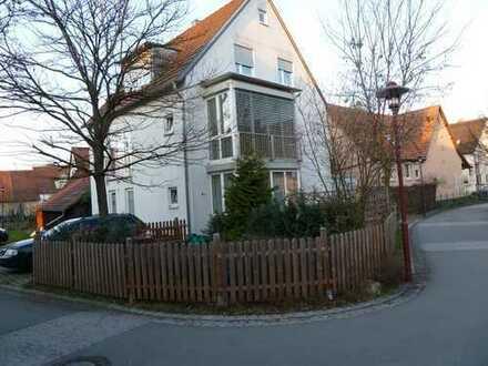 Vollständig renovierte 5-Zimmer-Maisonette-Wohnung mit Einbauküche in Riederich