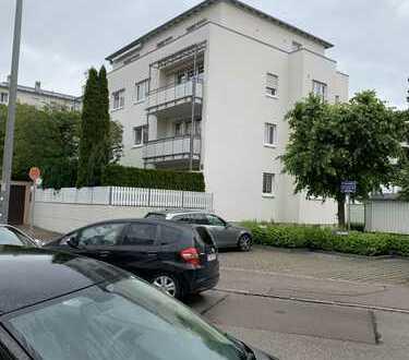 Ab 01. Juli provisionsfrei 3ZKB EG RUHIG HBF NÄHE Max 3 Personen 1080€ warm inkl TG Platz von privat