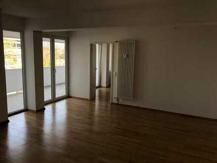 helle 3-Zimmer Wohnung Fürstenried West