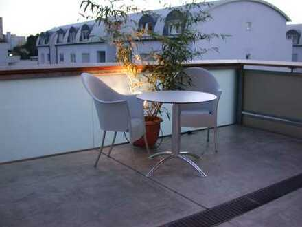 Attraktive und helle 4 Zimmer Penthouse-Wohnung mit zwei großzügigen Balkone