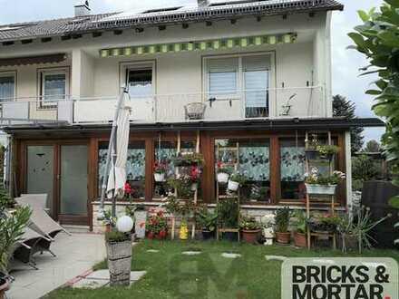 Renoviertes Reiheneckhaus mit Einliegerwohnung und Wintergarten