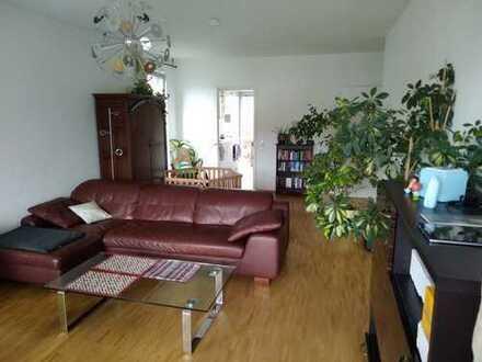 Wunderschöne, helle und exklusive 3-Zimmer-Wohnung in Köln-Junkersdorf zu vermieten