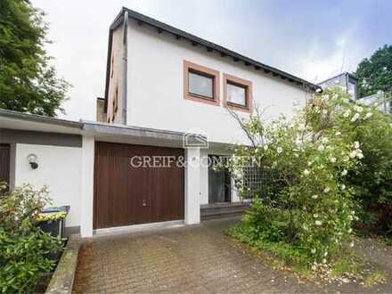 Großzügiges, familienfreundliches Doppelhaus in ruhiger Lage von Köln-Weidenpesch