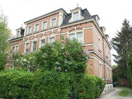Schöne und großzügige 2-Zimmer-Altbauwohnung inkl. Stellplatz im beliebten Dresden-Niedersedlitz!