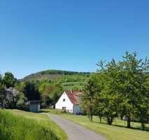 Wohnhaus 4865 m^2 Grundstück-teilbar, bevorzugte Lage Stadtrand, Reitstall, Objekt betreutes Wohnen