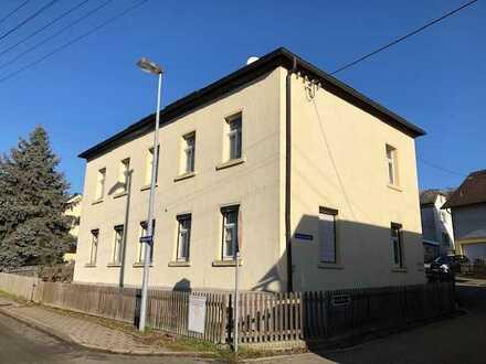 Wohnhaus mit Garage, Solar und Pelletheizung