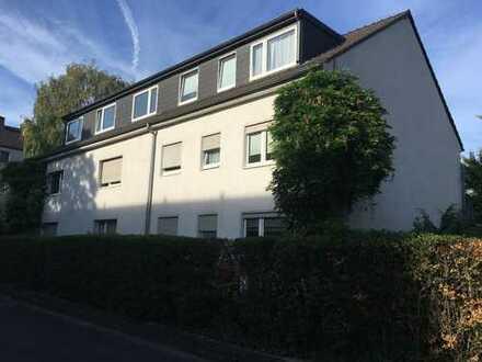 Hübsche Dachgeschosswohnung in Köln-Niehl, Erstbezug nach Modernisierung