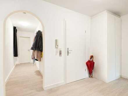 Zentrale Lage, zwei Balkone, 3,5 Zimmer und fast 100qm zur tollen Kondition! Was will man mehr?