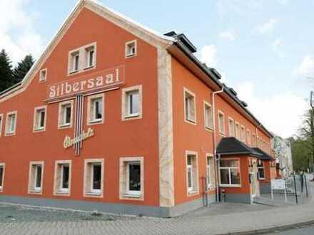 Bekanntes Gastronomieobjekt SILBERSAAL - Restaurant + Saal + 4 Ferienwohnungen