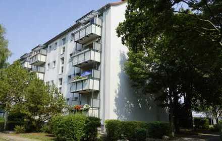 Eigennutzer aufgepasst +++ 3 Zimmerwohnung mit Balkon und Garage