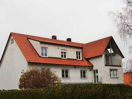 Nähe Klinikum: Helle und große 3 ZKB mit Einbauküche in beliebter Wohnlage von Neusäß ab sofort frei