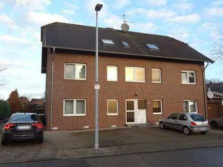Gepflegte 2-ZKDB-EG-Wohnung mit Terrasse, Gartennutzung und Stellplatz