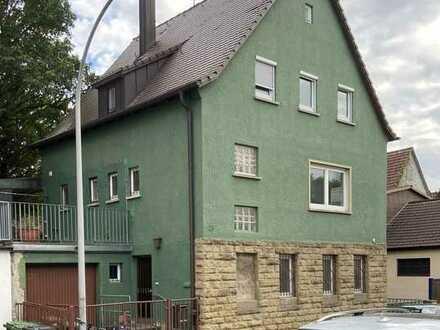 Ein Haus mit Potenzial zum Kauf in Zuffenhausen, Stuttgart