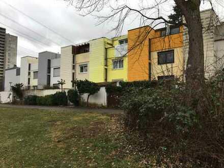 Schönes Haus mit sieben Zimmern in Esslingen (Kreis), Nürtingen