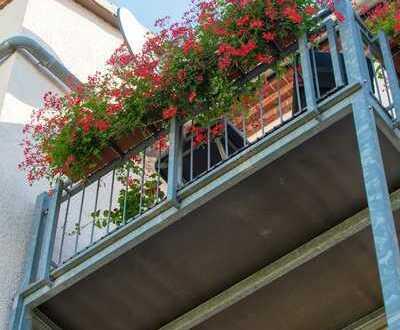*Fantastische 3-Raumwohnung mit Balkon in Ruhiger Lage*