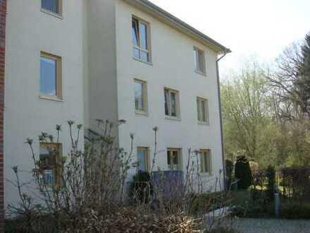 Schöne, geräumige zwei Zimmer Wohnung in Stormarn (Kreis), Ahrensburg