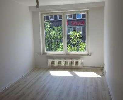 TOP renovierte u. helle Wohnung in der Innenstadt - NEUE Einbauküche