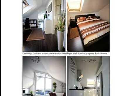 Stilvolle 2,5-Raum-DG-Wohnung mit Balkon und EBK in Mannheim