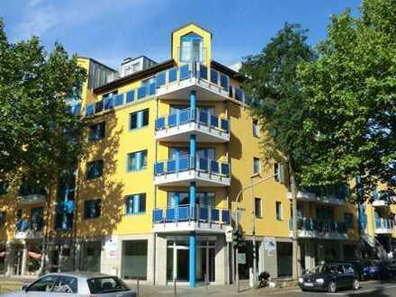 Exklusive, neuwertige 2-Zimmer-Wohnung mit Balkon in Köln - Gremberg