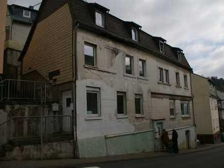 VMTL. VERKAUFT: 3-Fam-Haus Wert 68.100€, Idar Zentrum, Parkplatz, Eigenheim & Anlageobjekt möglich