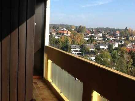 Möblierte, geräumige 1-Zimmer-Wohnung mit Balkon und EBK in Böblingen