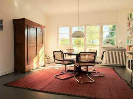 Rarität: Vierzimmerwohnung in denkmalgeschütztem Haus in Marienburg