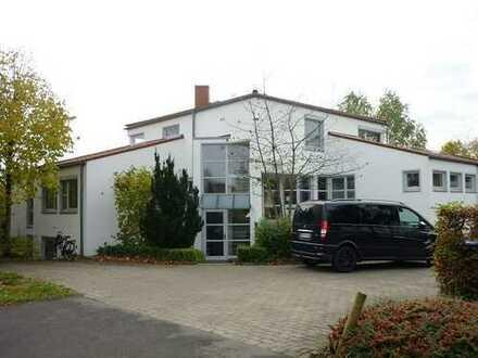 TOP-Büro-Angebot! 199 m² für KM 940,-- €