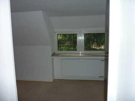 Ansprechende 2,5-Zimmer-Wohnung mit Balkon in Dortmund-Höchsten/Sommerberg