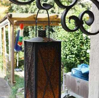Handwerker aufgepasst: Einfamilienhaus ohne Garten im Dornröschenschlaf