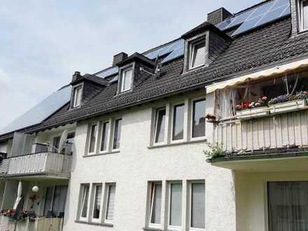 Charmante Dachgeschosswohnung mit ausreichend Platz und großer Küche im Zentrum von Schleiden