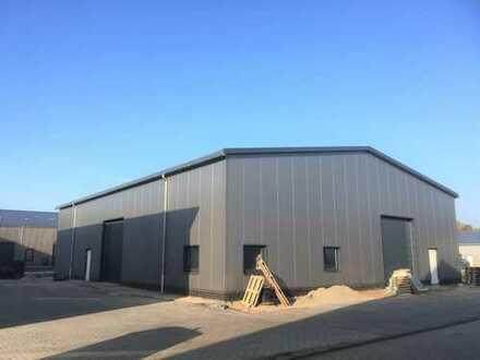 Neubau-Lagerhalle in Rastede auf Wunsch mit Büro und Sozialräumen